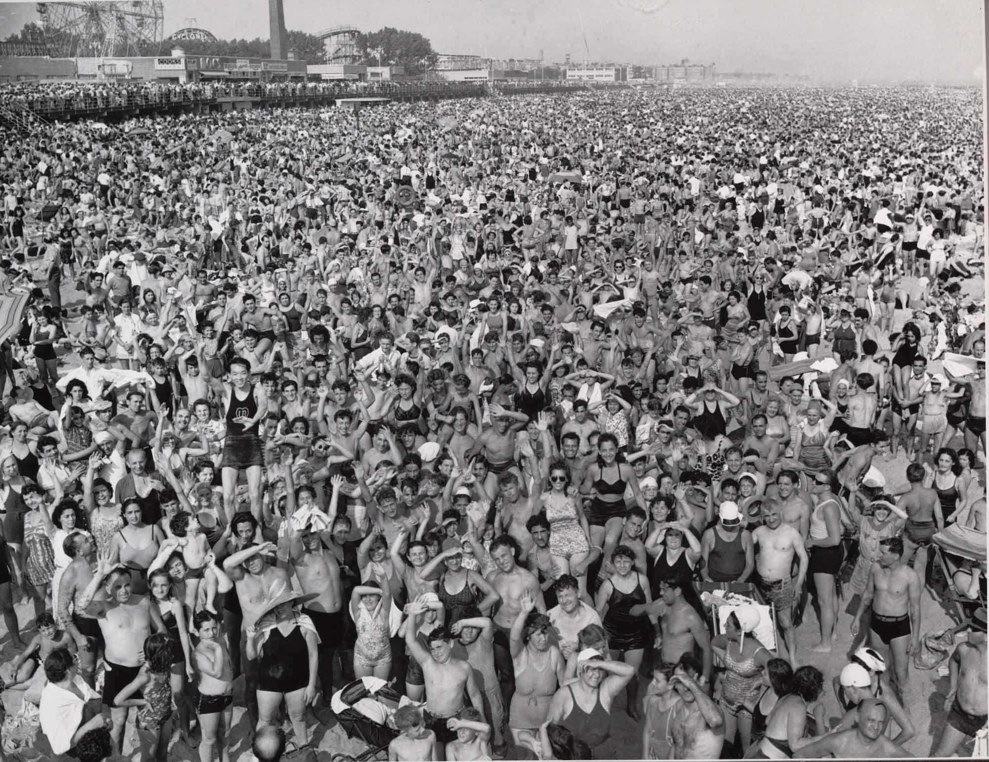 WEEGEE_1940_Coney_Island_Beach_web