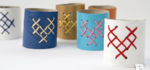 Toilet roll napkin holders